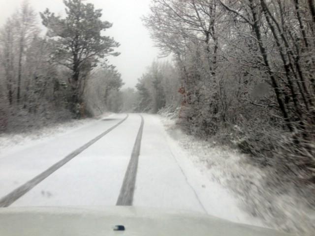 Snijeg i na dijelovima Labinštine