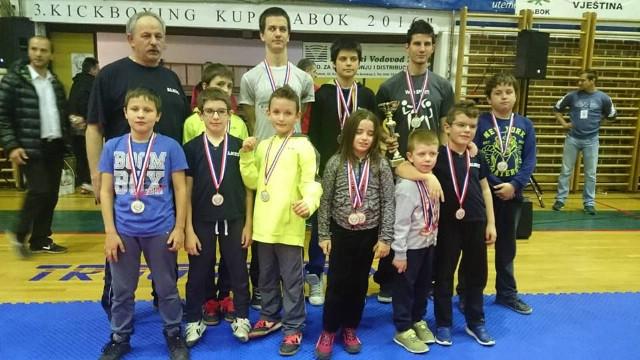 Labinjani osvojili 17 odličja na Međunarodnom kickboxing kupu `Zabok 2016` - Marino Faraguna najbolji natjecatelj kupa