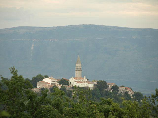 PD Skitaci poziva na planinarski izlet stazom Svetog Nicefora u Pićnu