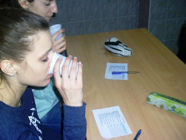 Rezultatima degustacije vode obilježen Dan voda u labinskoj Srednjoj školi