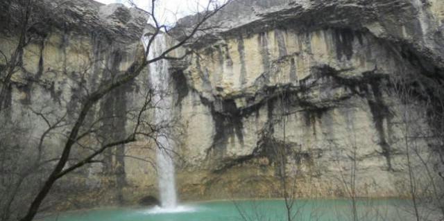 Pićan: Protiv brane visoke 16,5 metara uz sami slap
