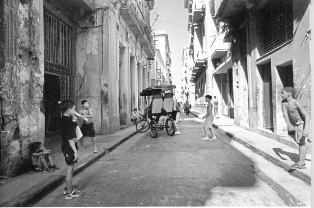 "Narodni muzej Labin: izložba ""Deset dana u Havani"" Saše Vadanjela"