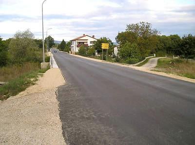 Uznemirujuće igre na novoj cesti u Kršanu: Kaznama zauzdati (pre)brze motoriste