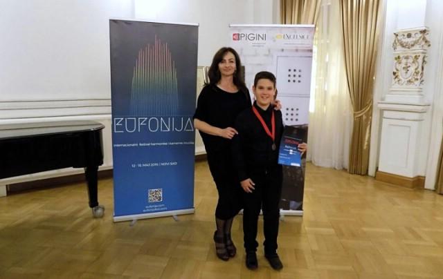 "Luki Blažini prva nagrada na Internacionalnom festivalu harmonike i komorne glazbe ""Eufonija"""