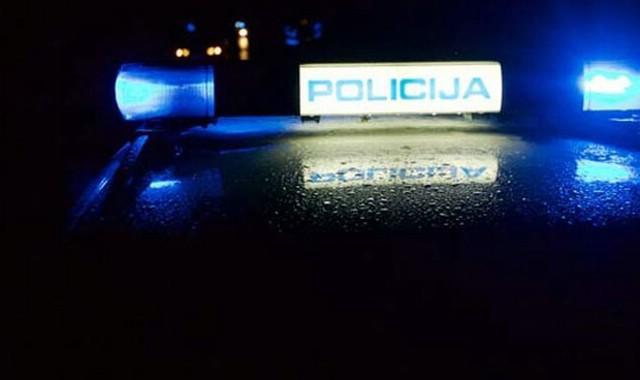Labin: Petorica mladića privedena zbog napada na 29-godišnjaka pa prijetili i policiji
