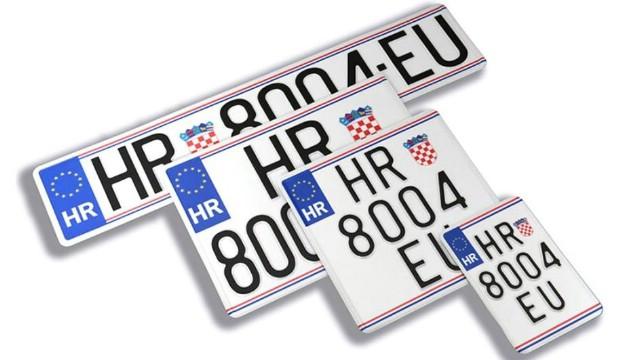 Od ponedjeljka registracijske pločice imaju na sebi logo EU