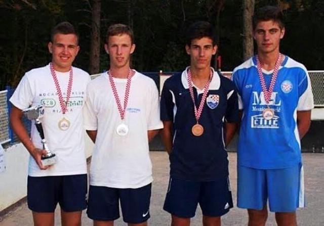 Tri zlata za Prvenstvu Hrvatske u boćanju za juniore za Matea Načinovića