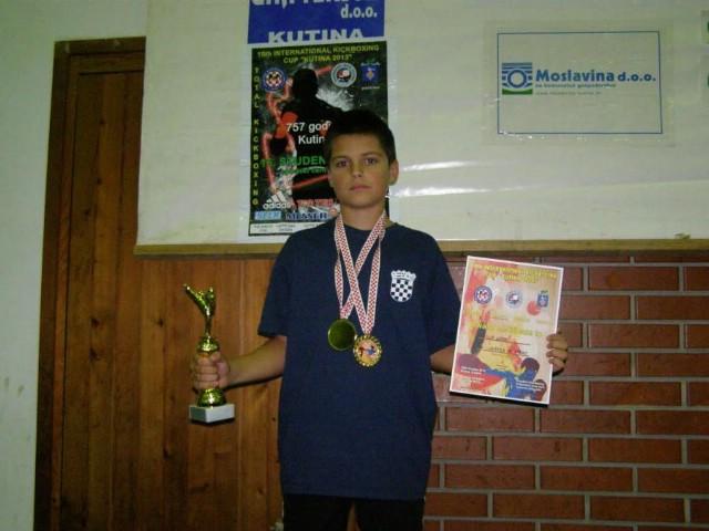 Filip Grbić u sklopu hrvatske reprezentacije na Svjetskom kickboxing prvenstvu za kadete i juniore u Dublinu