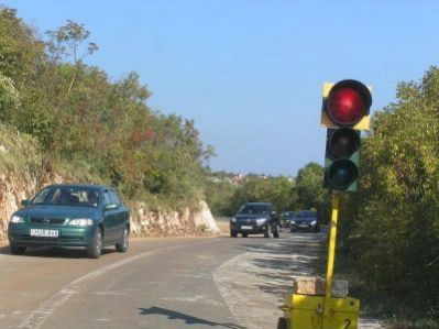 Semafori i kod skretanja za Brestovu