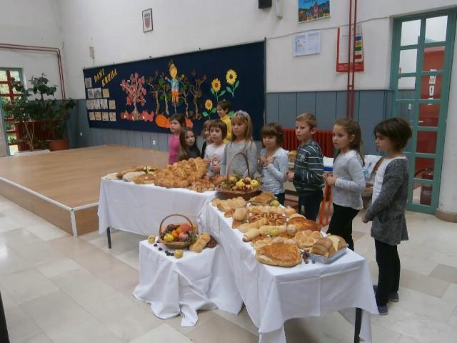 "OŠ ""Ivo Lola Ribar"" Labin – Dani kruha i zahvalnosti za plodove zemlje"