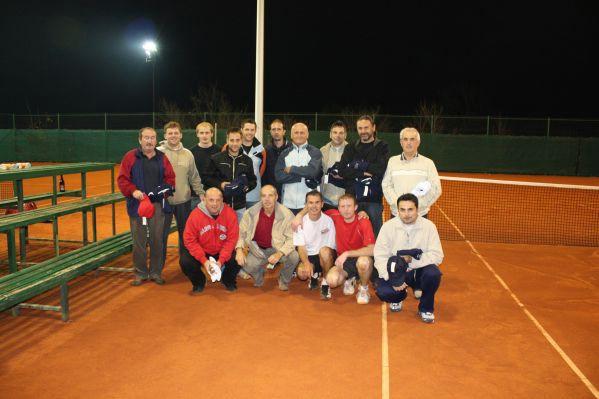 """Edvard Benković iz Potpićna odnio prvi naslov na teniskom turniru """"Masters Piramide 2008"""" u Pazinu"""