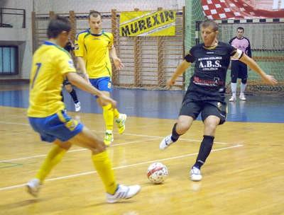 Prva Hrvatska malonogometna liga: Potpićan ''98 - Uspinjača 4:2 (3:1)