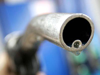 Veliko pojeftinjenje goriva od ponoći