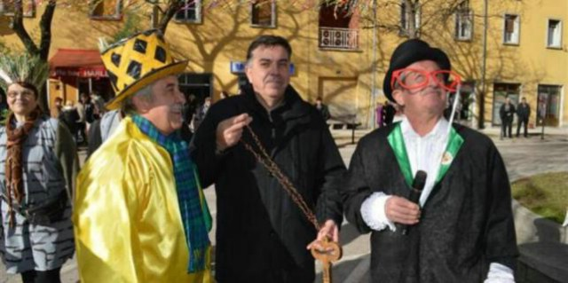 Labinjonska kompanija sprema se preuzeti vlast u gradu