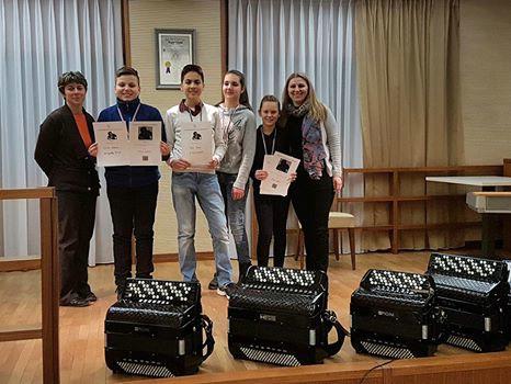 Odlični rezultati mladih labinskih harmonikaša na 4. međunarodnom natjecanju harmonikaša `Ivan Rijavec` u Idriji