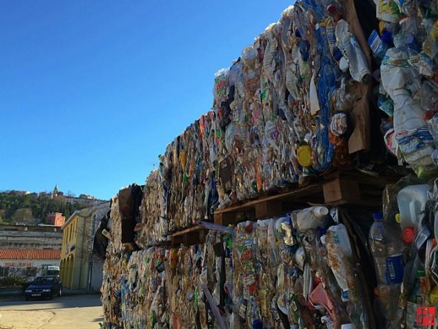 Uskoro naplata odvoza smeća po količini
