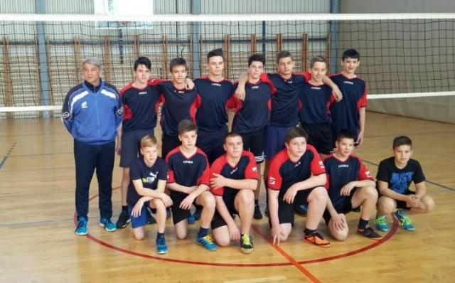 Odbojkaši Osnovne škole Vladimira Nazora Potpićan treći na Županijskom prvenstvu