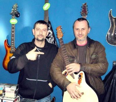 U istarskom radio eteru počela se emitirati debitantska pjesma labinskog pjevača Rolanda Nadarevića