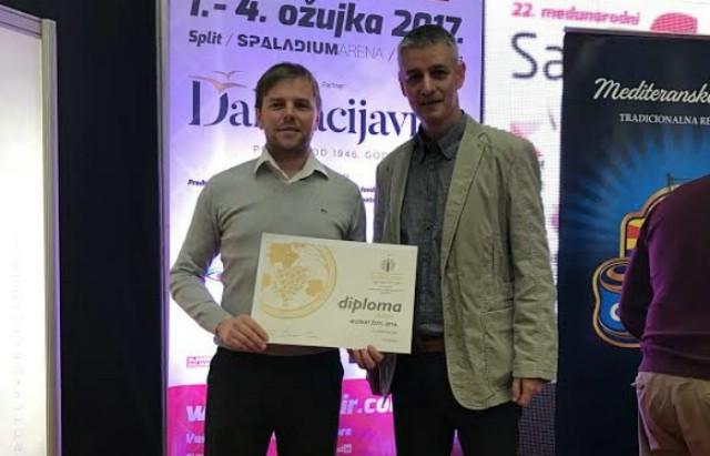 Vinar Goran Baćac u Splitu se okitio zlatom za muškat i srebrom za malvaziju