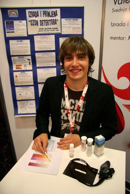 Vip Eureka 2008: Valentino Basina predstavio svoj rad na natjecanju znanstveno-tehnološkog stvaralaštva hrvatskih srednjoškolaca
