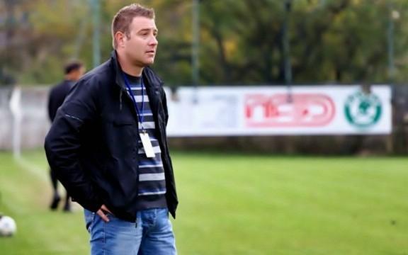 Nogometaši i stručni stožer Rudara pobjedu za vrh posvetili predsjedniku Zalihiću RUDAR - NEHAJ 1:0 (1:0)