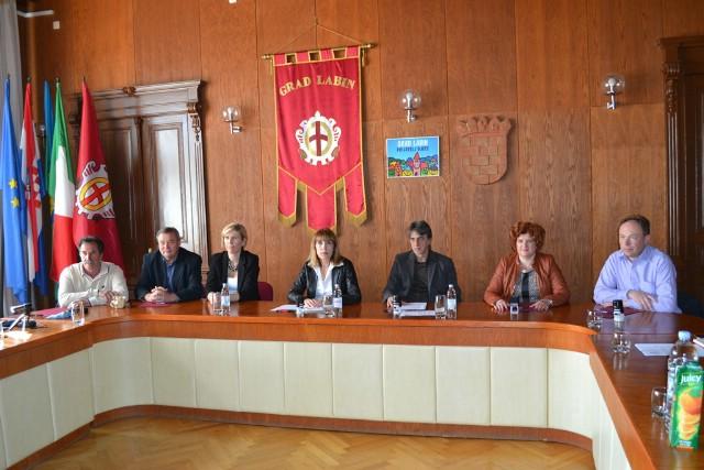 Potpisan Sporazum za sufinanciranje 12-satnog tima T2 Labin Zavoda za hitnu medicinu Istarske županije