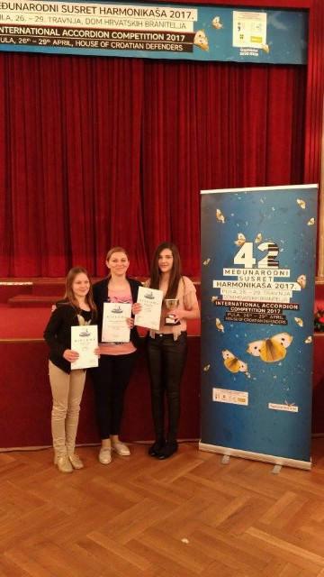 Uspješni mladi labinski harmonikaši na međunarodnom susretu u Puli