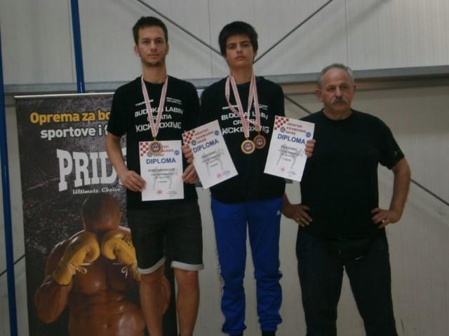 Roko Brenković i Filip Grbić  prvaci Hrvatske na kickboxing PH u pointfightingu i kicklightu za juniore