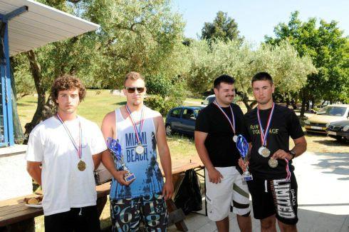 [SPORTSKI RIBOLOV] Dilan Mileta i Nino Štucin (Galeb Raša) ekipno najbolji na prvenstvu IŽ kategoriji U21 štap s brodice
