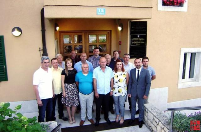 Zdravko Vidak predsjednik Općinskog vijeća Kršana, a oporba napustila sjednicu prije glasanja za potpredsjednike