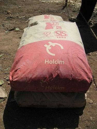 Holcim očekuje lošiju 2009. godinu zbog manje građevinskih radova