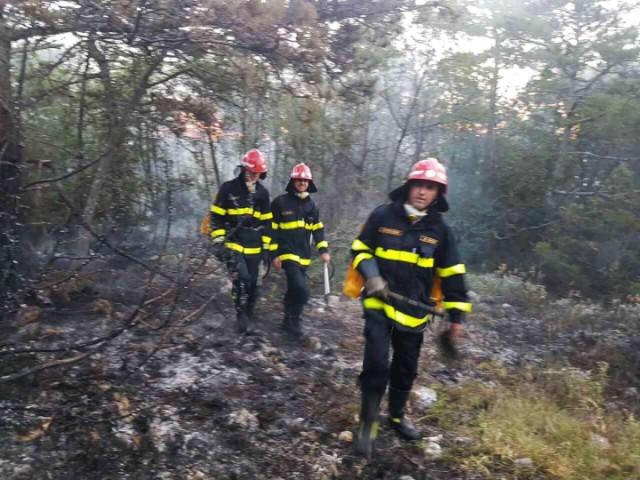 Noćas buknuo požar u Kosima
