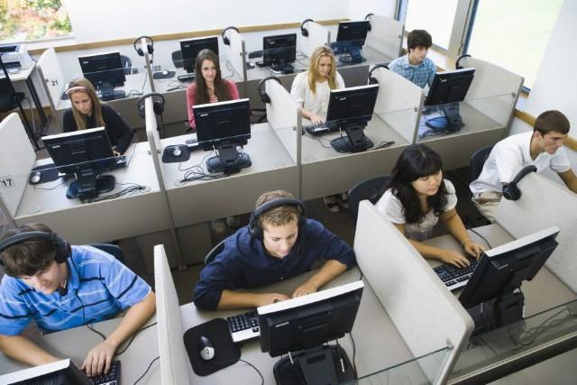 Informatika konačno kao obavezni predmet u školama