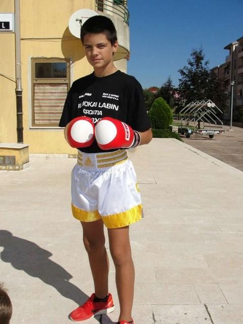Filip  Grbić  na Europskom prvenstvu  u  kickboxingu za kadete i juniore