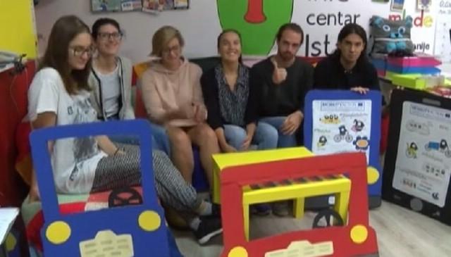 """VIDEO: U sklopu Tjedna mobilnosti u Labinu održana akcija """"Kontrola parkiranja na mjestima za osobe s invaliditetom"""""""