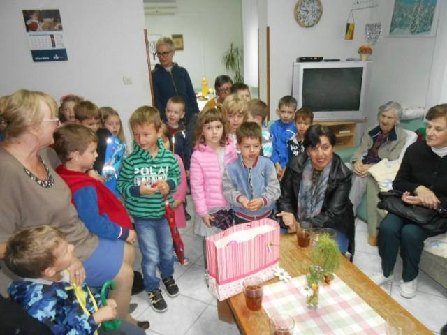 """Tratinčice"" razveselile korisnike Dnevnog centra Marcilnica"