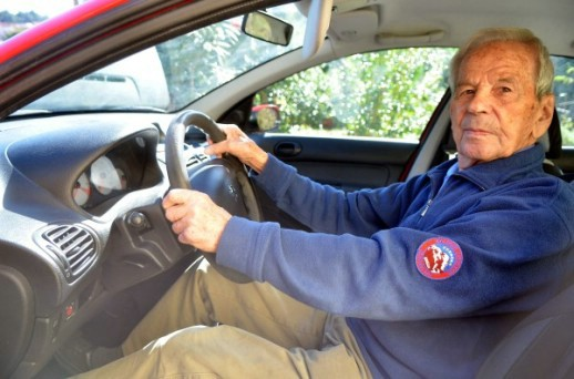Vozački vijek bez prometne kazne: Anton Toni Gregorić najstariji vozač u Hrvatskoj, stariji je i od Manolića