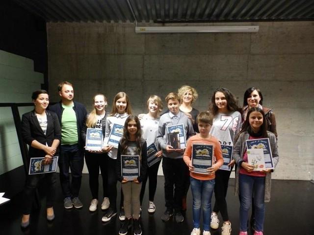 Sara Zukić i Dino Peruško pobjednici su gradske razine Natjecanja u čitanju naglas
