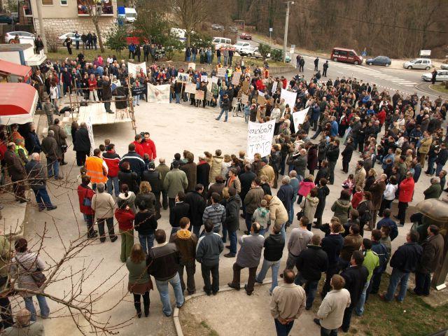 Prosvjed u Potpićnu: Rockwool mora otići! (Galerija fotografija)