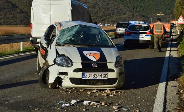 Most Raša: Vozilom udario u stijenu i prevrnuo se na krov