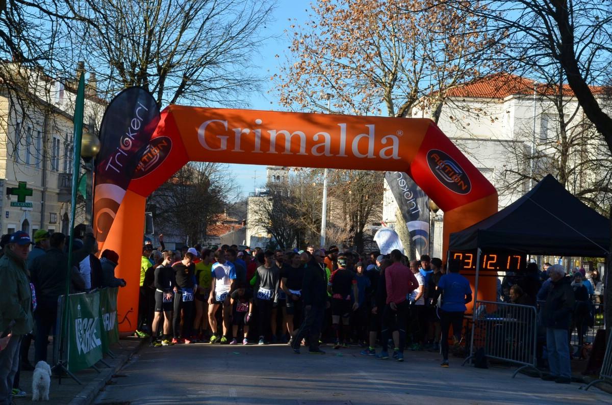 U 3. Kolu  Istarske zimske lige u trčanju powered by Plava Laguna u Pazinu Barbara Belušić standardno odlična!