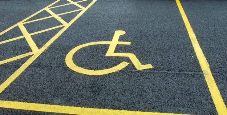 Labinjani uglavnom poštuju označena parkirna mjesta za osobe s invaliditetom
