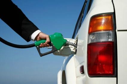Riješit će se problem točenja goriva na rivi u Rapcu