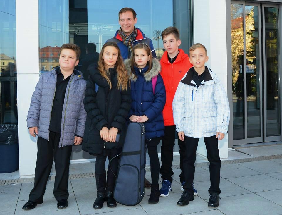 Kvintet `Bambići` UŠ M.B. Rašana osvojio 2. nagradu na 55. državnom natjecanju komornih sastava