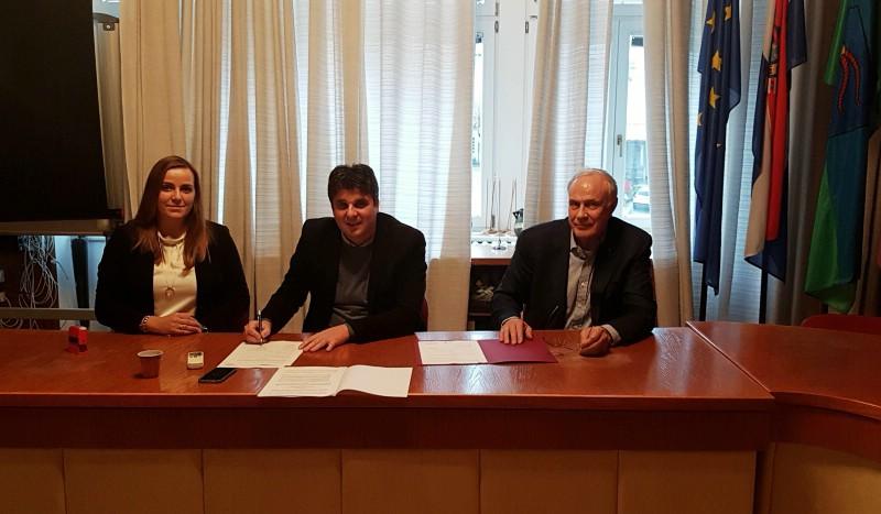 Grad Labin i Rezidencija Šikuli potpisali ugovor o financiranju Urbanističkog plana uređenja Šikuli
