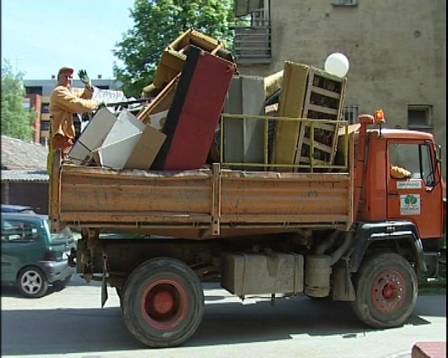 Obavijest o prikupljanju krupnog otpada u Presici, Kapelici, Starci, Marcilnici, Ripendi i Vinežu