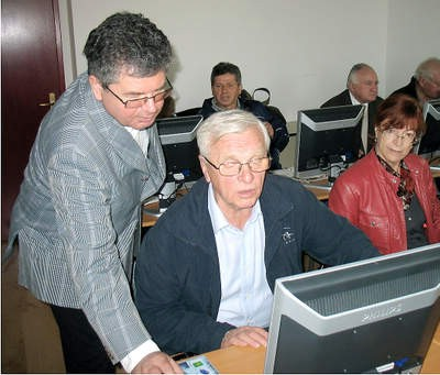 Nikad nije kasno naučiti raditi na komjuteru: Ta miš je za niš!