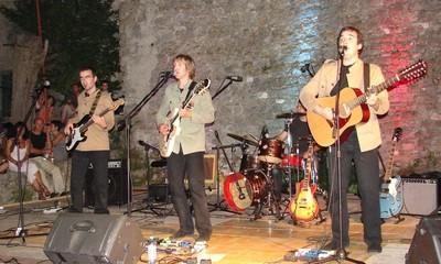 Domaći Beatlesi raspjevali Labin (galerija fotografija)