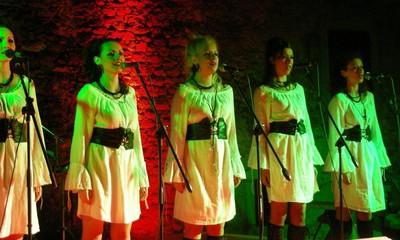 Vrelo u Labinu: Etno rock kod špine (galerija fotografija)