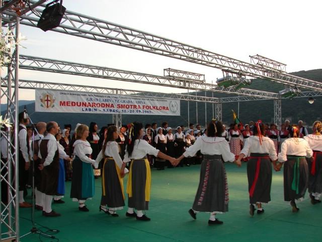 Međunarodna smotra u Rapcu: Puna riva folklora